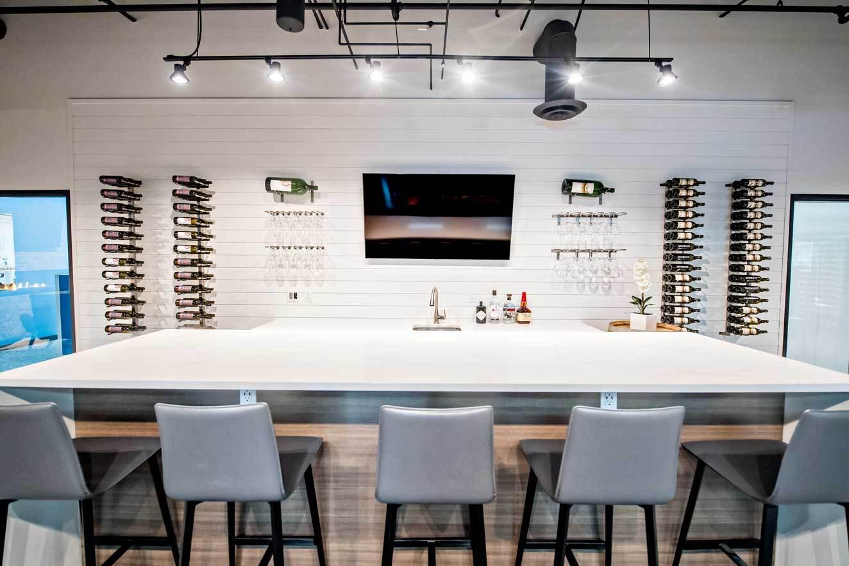 Design-Center-Bar-2