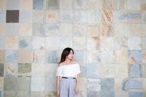 minimalist chic fashion
